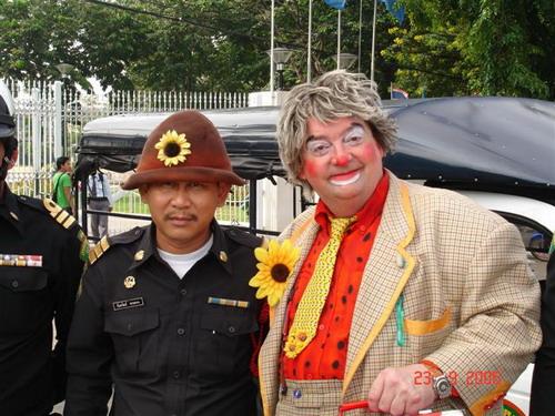 clown_eckie_thai_coup.jpg